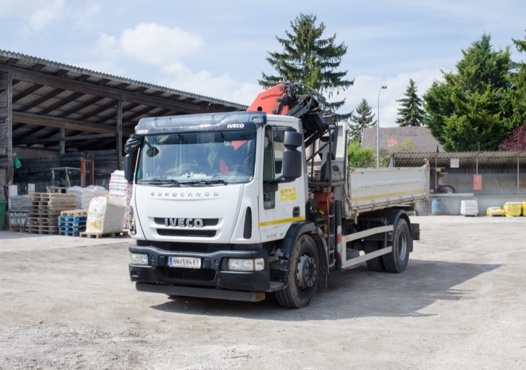 LKW Koltai Bau- und Brennstoffe